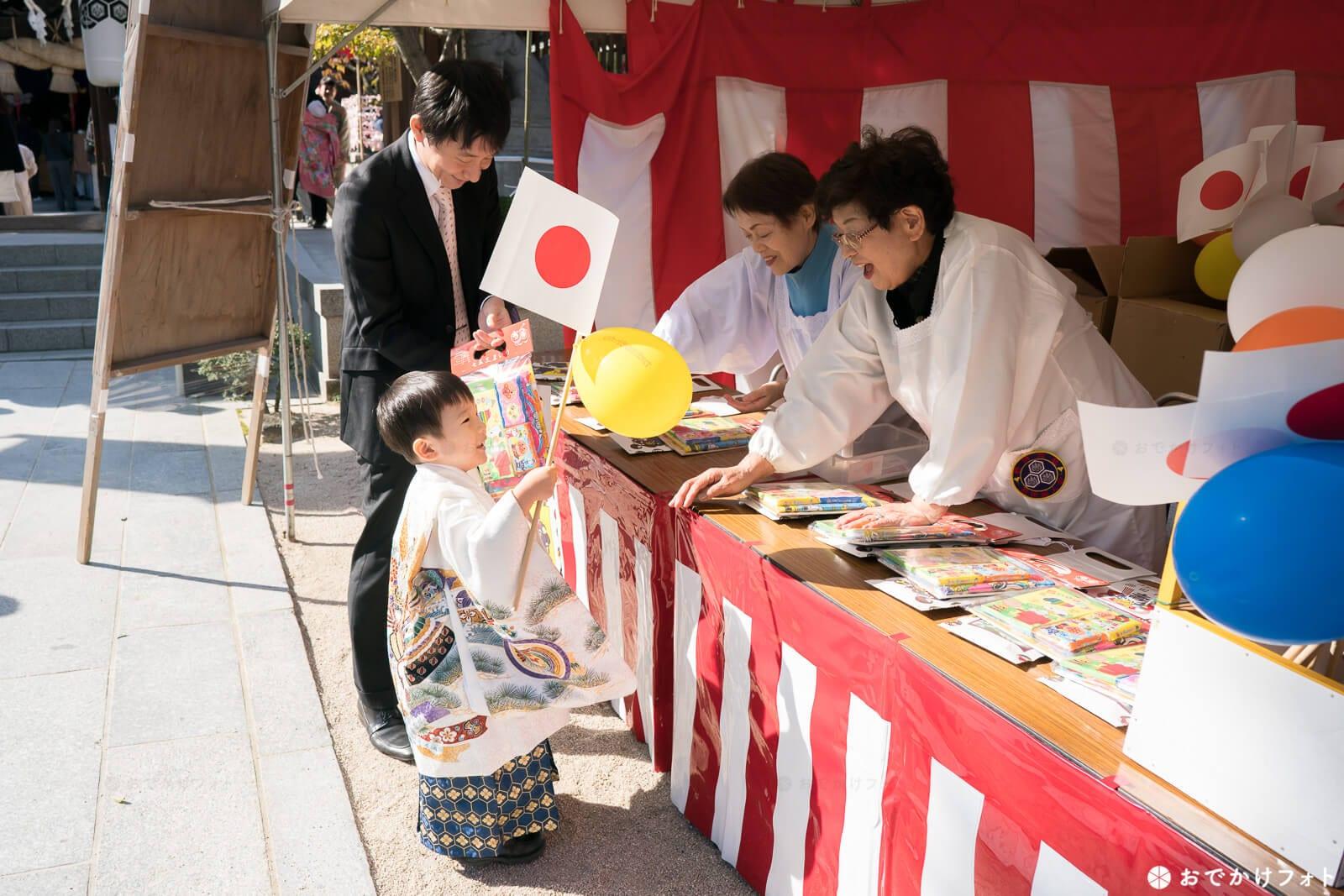 櫛田神社で七五三千歳飴
