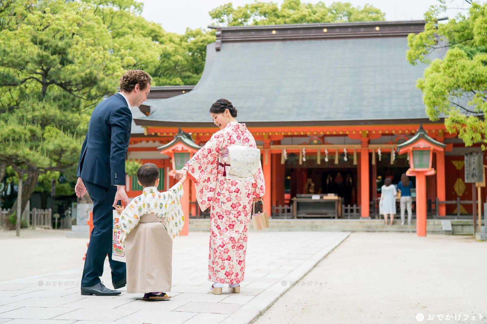 七五三やお宮参り、結婚式で人気の住吉神社 福岡