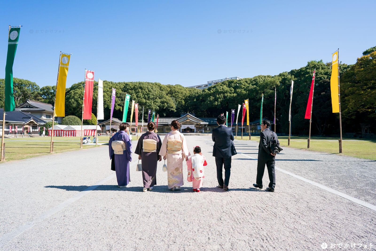 福岡縣護国神社の表参道