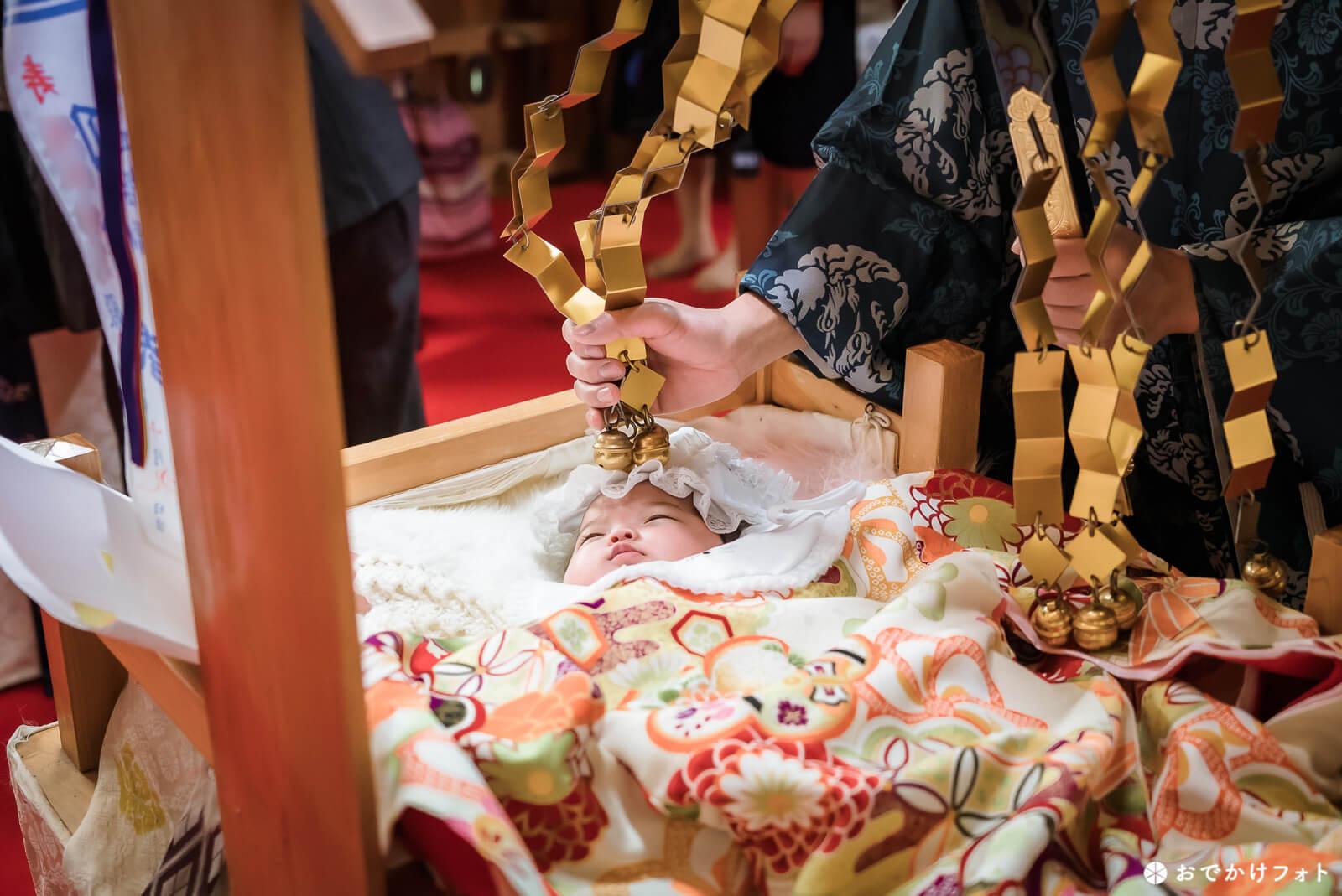 飯盛神社でお宮参り写真の出張ロケーション撮影